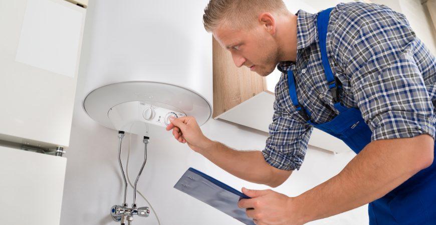 Installation ou réparation de chauffe-eau par un professionnel